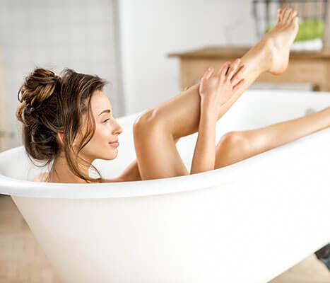 Medisana MBH Luftsprudelbad, Whirlpoolmatte mit Aromaspender, 3 Intensitätsstufen, für jede Badewanne geeignet, mit Fernbedienung, für die Lockerung von verspannter Muskulatur, 1. Generation