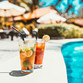 Instagram - Cocktail am Swimming Pool