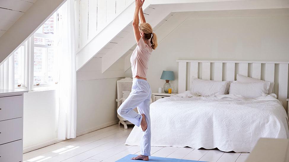 e933773bfb Rückenschmerzen nach dem Schlafen - 8 Tipps zur schnellen Besserung!
