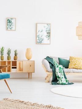 Ausschnitt einer hellen Wohnung, die als Inspiration für Besucher gelten kann