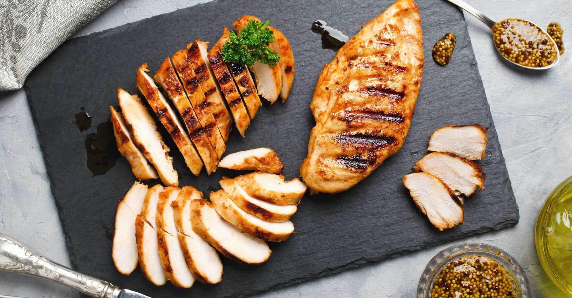 Ein Meal Prep Low Carb Gericht mit Putenfleisch