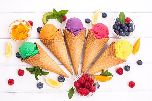 Verschiedene Eissorten nach Eisrezepten