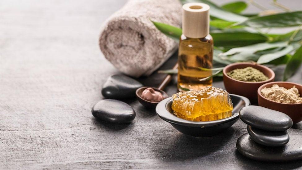 Öl und andere Hilfsmittel für Ayurveda Massage Abhyanga