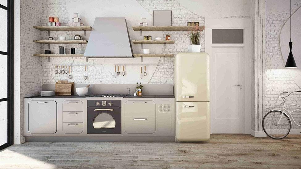 Retro-Kühlschrank in offener Küche