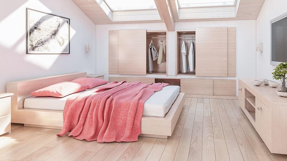 Helles Schlafzimmer mit Futonbett