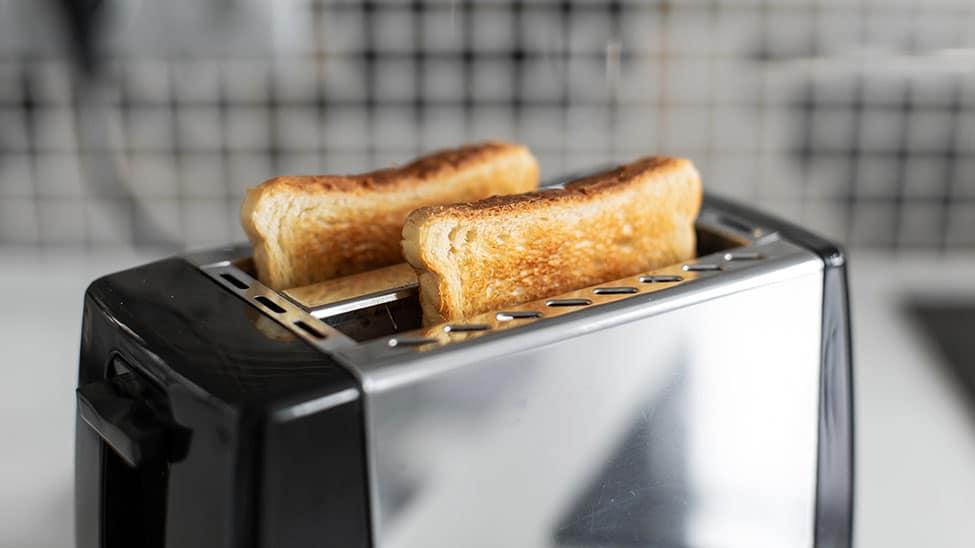 Silberner Toaster