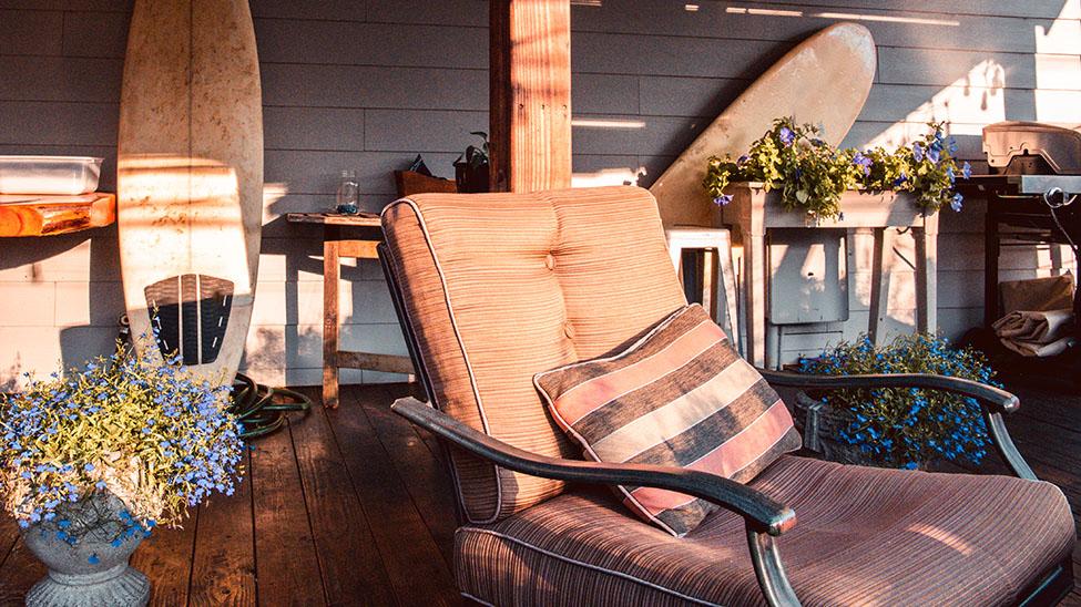 Sitzkissen auf Terrasse