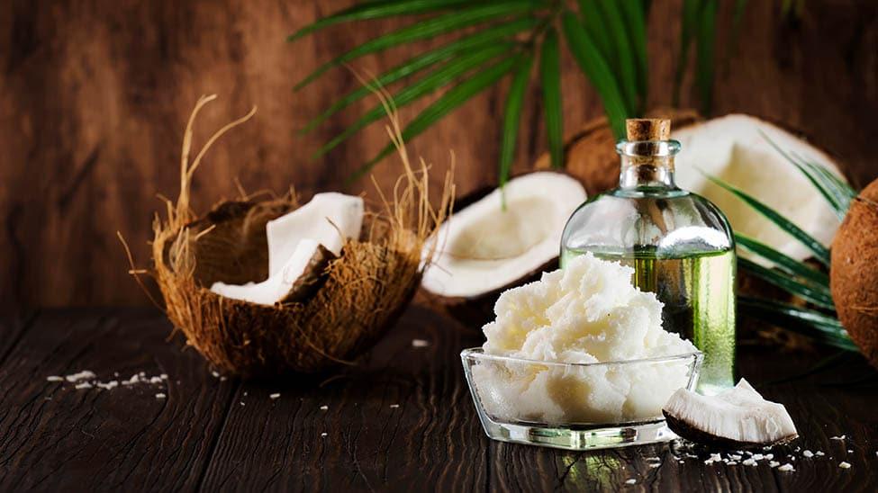 Kokosöl aus Kokosnüssen